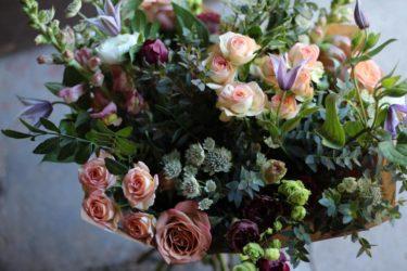 seasonal-flower-bouquet